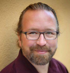 Kuvassa on Juha Jämsä.