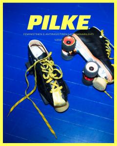 Kuvassa on rullaluistimet. Yksi lehden juttu käsittelee roller derbyä.